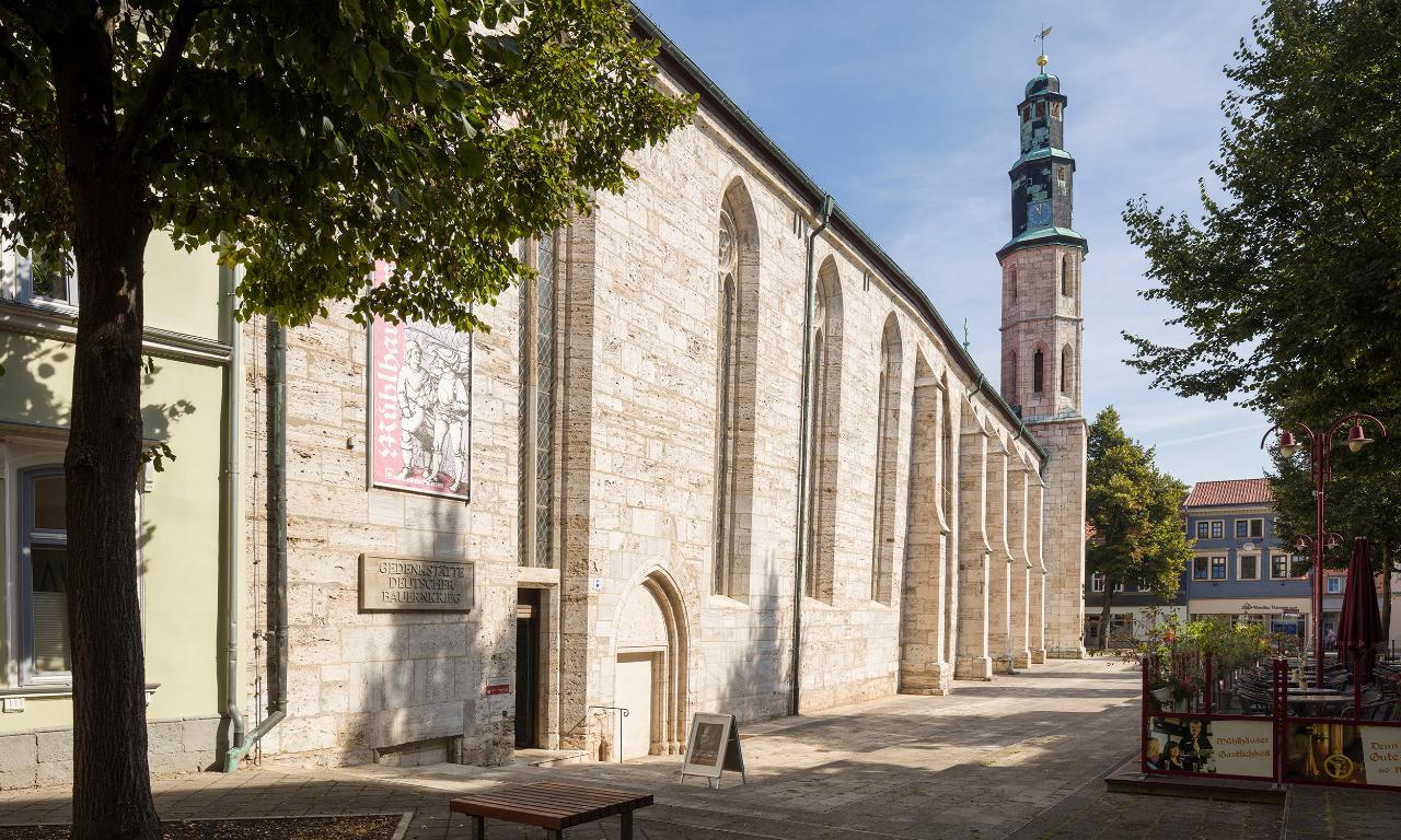 Kornmarktkirche_aussen_Mühlhausen_Tino Sieland.jpg