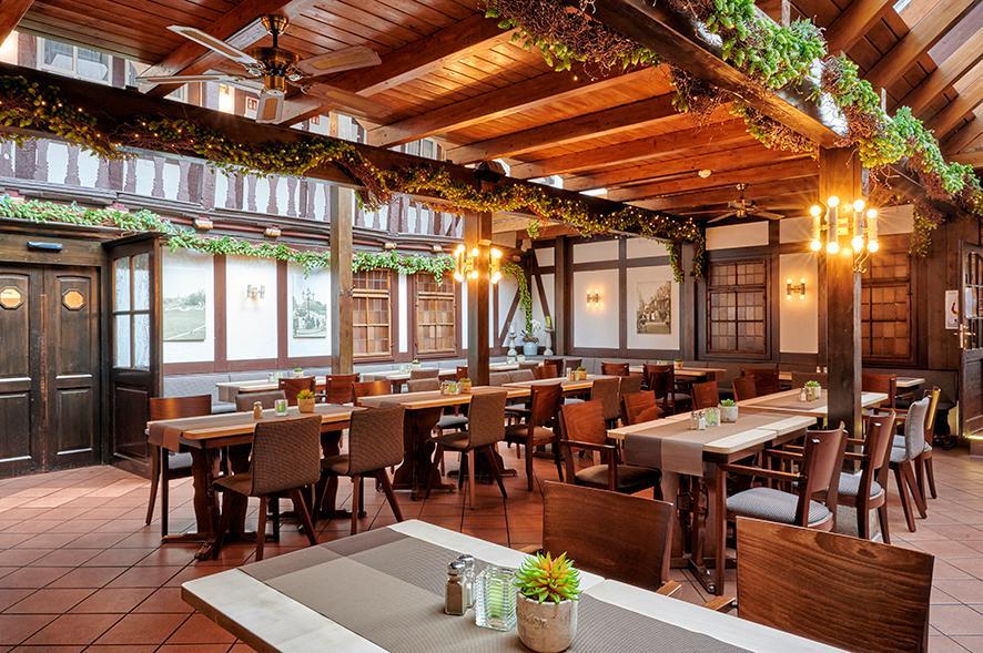 Muehlhausen-Brauhaus-zum-Loewen-Brasserie.jpg